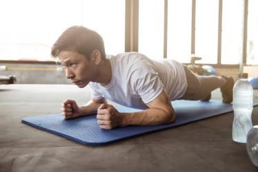 6 Gerakan Olahraga yang Membantu Meningkatkan Vitalitas Pria