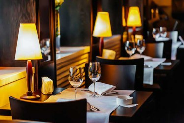 Ajak si Dia Kencan di 5 Restoran Paling Romantis di Jakarta Berikut Ini